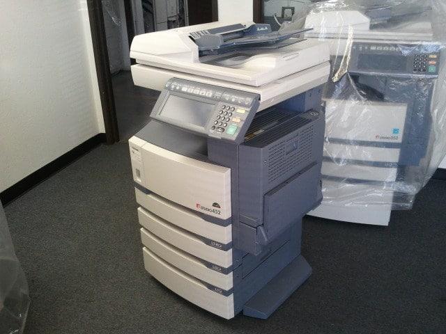 cho thue may photocopy toshiba e453 - Thue May